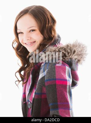 Porträt von lächelndes Mädchen (12-13) - Stockfoto