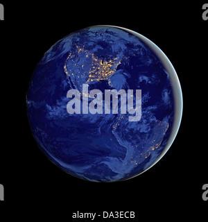 Raum der Erde Nacht globale Sicht Erde Stadt Lichter Komposit aus Daten, die per Satellit montiert - Stockfoto