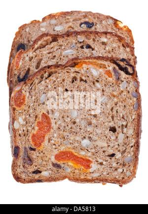 Vollkorn-Brot mit getrockneten Früchten isoliert auf weißem Hintergrund - Stockfoto