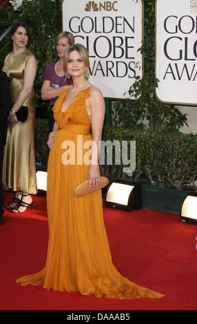 US-Schauspielerin Kyra Sedgwick kommt bei der 68. Golden Globe Awards, präsentiert von der Hollywood Foreign Press - Stockfoto