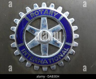 (Dpa Datei) - eine Archiv Bild, vom 1. März 2008, zeigt das Logo der Chairty Organisation Rotary International auf - Stockfoto