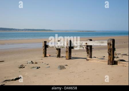 Ein unberührter Strand im Saunton Sands, Devon, England. Als eine der besten Strände Britains bewertet. - Stockfoto