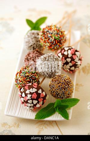 Schoko-Cake pops. Rezept zur Verfügung. - Stockfoto