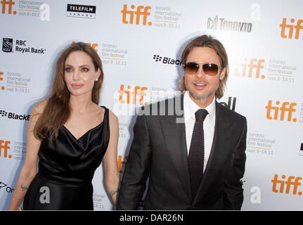 """UNS Schauspieler Brad Pitt und Angelina Jolie bei der Premiere von """"Moneyball"""" auf dem Toronto International Film - Stockfoto"""