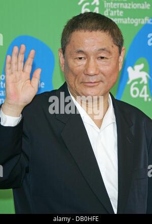 "Japanischer Regisseur/Drehbuchautor Takeshi Kitano stellt bei Photocall zum Film ""Glory, Filmemacher"" im Palazzo - Stockfoto"