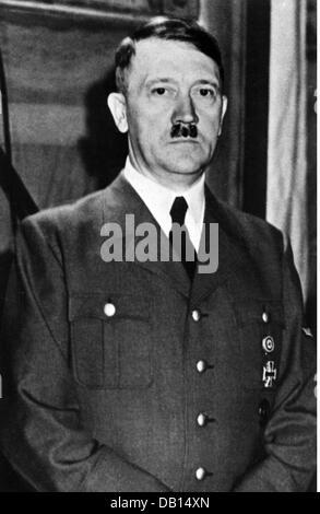 Adolf Hitler Ein Porträt Aus Tondokumenten Von William E. Simmat