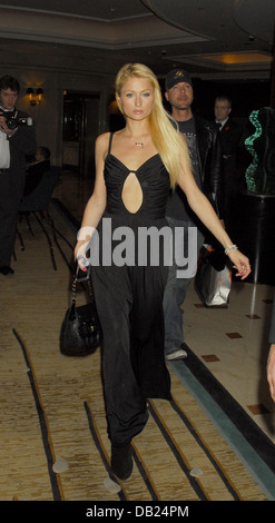 London, UK. 11. November 2006. Paris Hilton im Hilton Hotel, London, UK. - Stockfoto