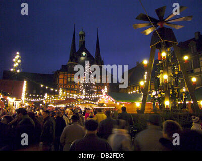 weihnachtsmarkt in wernigerode stockfoto bild 276497024. Black Bedroom Furniture Sets. Home Design Ideas