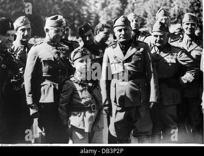 Mussolini, Benito, 29.7.1883 - 28.4.1945, italienischer Politiker, Premierminister 30.10.1922 - 25.7.1943, halbe - Stockfoto