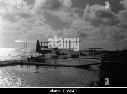Ereignisse, zweiter Weltkrieg, Luftkrieg, Flugzeuge, deutsche Wasserflugzeuge Heinkel He 59 in einem niederländischen - Stockfoto