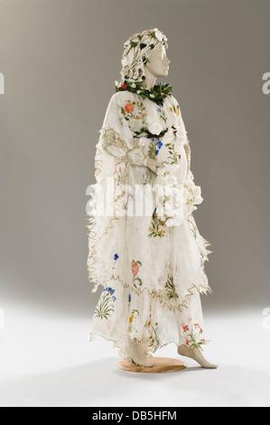 Schaufensterpuppe in Papier-Kostüm - Stockfoto