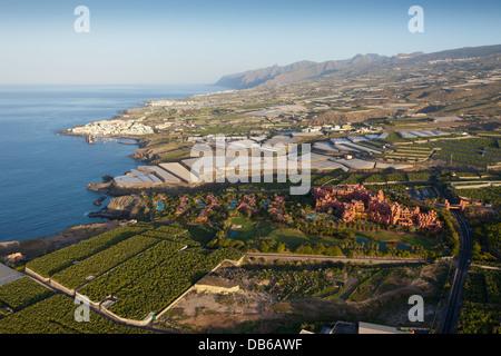 Hoteleinrichtungen und Plantagen im Südwesten von Teneriffa, Teneriffa, Kanarische Inseln, Spanien - Stockfoto