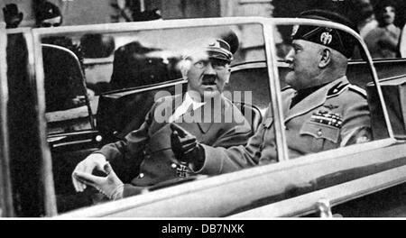 Hitler, Adolf, 20.4.1889 - 30.4.1945, deutscher Politiker (NSDAP), Reichskanzler 30.1.1933 - 30.4.1945, Besuch in - Stockfoto