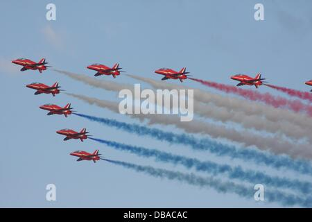 Sunderland, Vereinigtes Königreich. 26. Juli 2013. Royal Air Force Red Arrows in Sunderland Airshow anzuzeigen, - Stockfoto