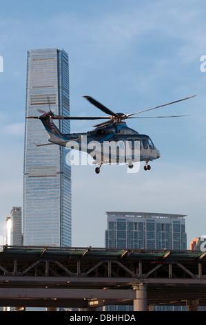 Shun Tak Macau Fährterminal und Helikopter Passagierterminals zwischen Macau und Hong Kong, Hong Kong, China. - Stockfoto
