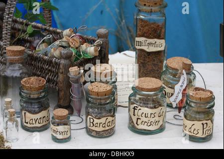Handel mit Kräutern. Herbalist Produktion. - Stockfoto