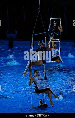 Barcelona, Spanien. 4. August 2013: Schwimmer aus der Gastgeberstadt des 16. führen FINA-Weltmeisterschaften, Kazan, - Stockfoto
