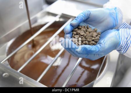 industrielle herstellung von schokolade stockfoto bild 13868566 alamy. Black Bedroom Furniture Sets. Home Design Ideas