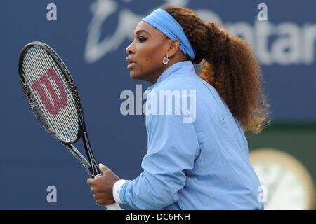 Toronto, Ontario, Kanada. 9. August 2013. Toronto, Ontario, Kanada, 9. August 2013. Serena Williams (USA) in Aktion - Stockfoto