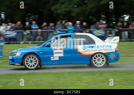 Lurgan, Co Armagh, Nordirland, Vereinigtes Königreich, Rallye-10. August 2013, Autos, die Teilnahme an der jährlichen - Stockfoto