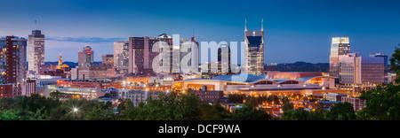 Dämmerung über Nashville Tennessee, USA Stockfoto