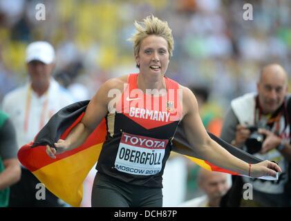 Moskau, Russland. 18. August 2013. Christina Obergfoell Deutschlands feiert nach dem Gewinn der Frauen Speer werfen - Stockfoto