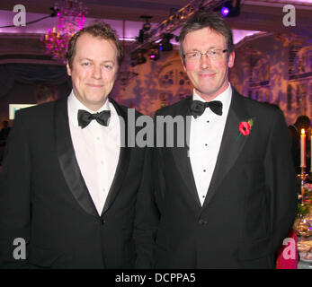 Tom Parker Bowles und Shane Connolly Kunst und Essen Gala-Dinner im Savoy Hotel in London, England - 07.11.11 - Stockfoto