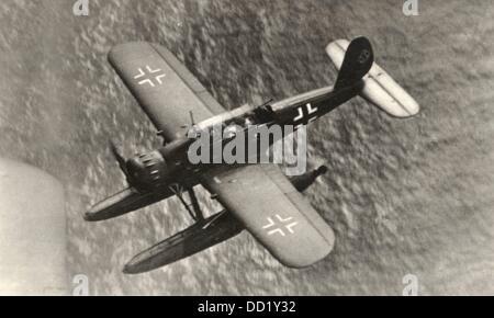 Ein Wasserflugzeug vom Typ Arado AR 196 abgebildet ist, fliegen über die Ostsee um 1939. Die Arado Ar 196 war ein - Stockfoto