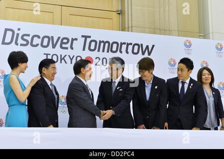 Tokio, Japan. 23. August 2013. Tokio 2020 Bewerbungsgesellschaft Pressekonferenz für die 125. IOC-Session in Tokio - Stockfoto