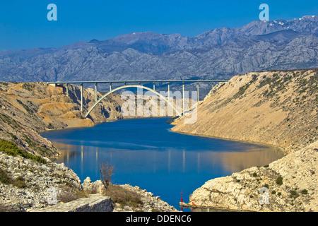Autobahn A1-Brücke im Velebit-Gebirge, Maslenica, Dalmatien, Kroatien - Stockfoto