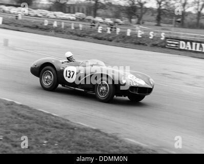 M Ward racing Ein 1955 Aston Martin DB 3 S, Silverstone, 1962. Artist: Unbekannt - Stockfoto