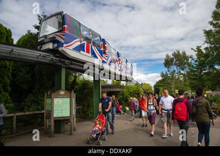 Einschienenbahn im Zoo von Chester - Stockfoto
