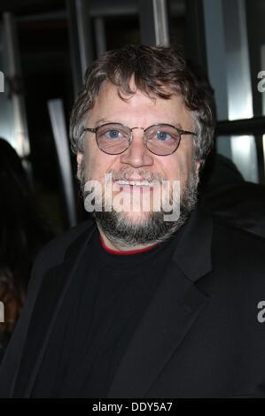 """Toronto, Kanada. 9. September 2013. Mexikanische Regisseur Guillermo Del Toro besucht die Premiere von """"Schwerkraft"""" - Stockfoto"""