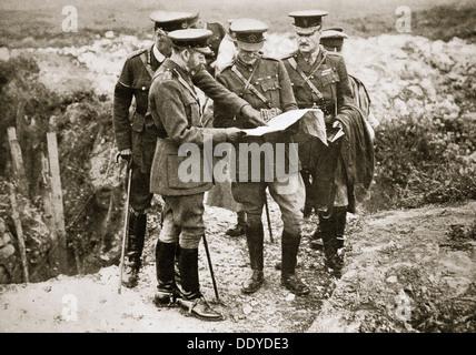 König George V besucht die Front, Frankreich, Weltkrieg, 1916. Künstler: unbekannt - Stockfoto