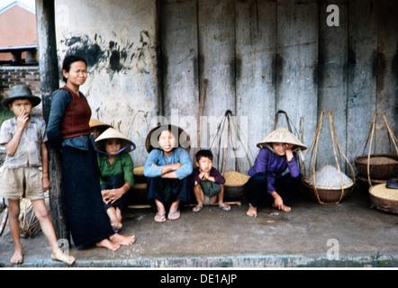 Vietnam war 1957 - 1975, Vietnamesischer Landwirt Getreide, Südvietnam, 1965, Zivilbevölkerung, Lebensmittel, Lebensmittel, - Stockfoto