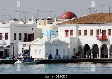 Weiße Kapelle und den alten Hafen, Mykonos, Kykladen, Griechenland, Europa - Stockfoto
