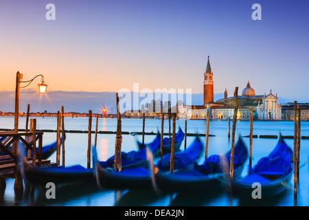 Sonnenaufgang in Venedig mit Blick vom San Marco Platz - Stockfoto