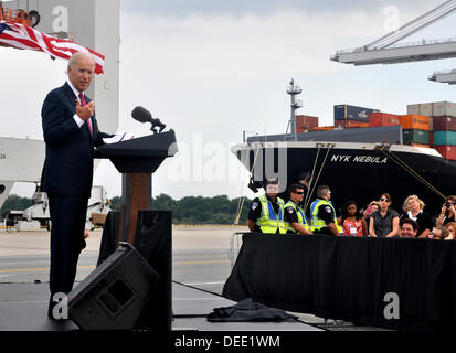 US-Vizepräsident Joe Biden hält eine Rede an der Georgia Ports Authority Gartenstadt Ocean Terminal 16. September - Stockfoto