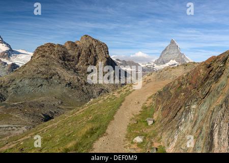 Trail am Riffelhorns mit Matterhorn, Zermatt, Alpen, Schweiz - Stockfoto
