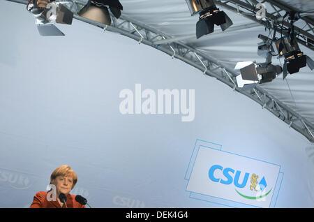 Bundeskanzlerin Angela Merkel hält eine Rede bei einer Wahl-Kampagne-Veranstaltung der Christlich Demokratischen - Stockfoto