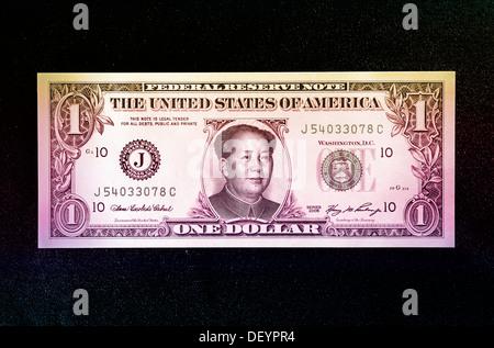 US-Dollar mit Portrait von Mao Tse-tung, symbolisches Bild für die Abhängigkeit der US-Wirtschaft in China - Stockfoto