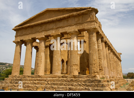 Tempel der Concordia, Valley of the Temples, Agrigento, Sizilien, Italien - Stockfoto