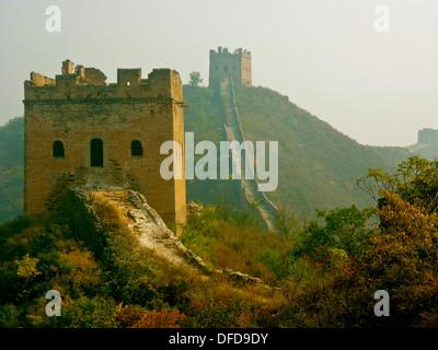 Die chinesische Mauer bei Jinshanling, Beijing - Stockfoto