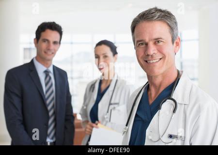 Porträt des Lächelns, Ärzte und Unternehmer - Stockfoto