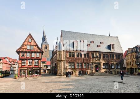 Der historische Markt Platz von Quedlinburg, Harz, Sachsen-Anhalt, Deutschland, Europa - Stockfoto