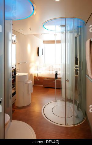 zimmer mit regen dusche citizen m hotel amsterdam niederlande stockfoto - Hotel Amsterdam Dusche Im Zimmer