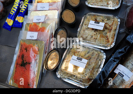London UK, 13. Oktober 2013: Speisen und Getränke stall bei den Skandinavien zeigen 2013 bei Tabak Dock London Credit: - Stockfoto