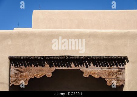Adobe Architektur Details, Washington Street, Santa Fe, New Mexico - Stockfoto