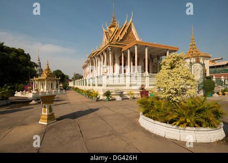 Wat Preah Keo Morakot (Silber-Pagode) (Tempel des Smaragd-Buddha), Phnom Penh, Kambodscha, Asien, Südostasien, Indochina - Stockfoto