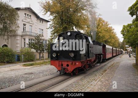 Baederbahn molli, eine Schmalspurige Dampf-Bahn betrieben, an der Goethestraße Bahnhof in Bad Doberan
